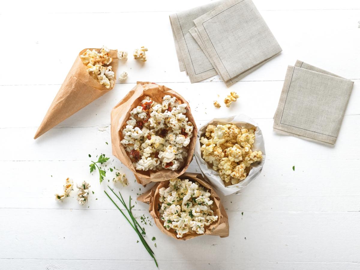Popcorn Maker_Lifestyle (4).jpg